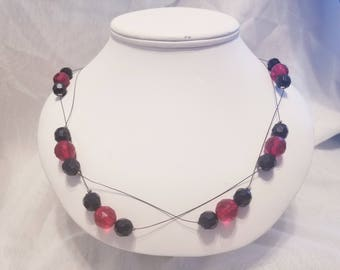 Airy Red & Black Glass Necklace