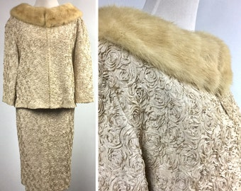 Vintage Champagne Suit with Fur Collar - Beige Ribbon Rosette Flowers - Pencil Skirt with Jacket - George Brown Originals 50s - Medium Large