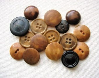Neat Lot of Various Vintage Vegetable Ivory Nut Buttons