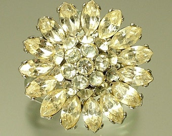 Vintage / estate 1950s chrome plated and glass paste, daisy flower costume brooch pin - jewelry / jewellery