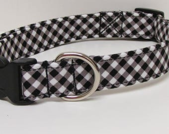 Cross Hatch in Black and White Printed Handmade Dog Collar