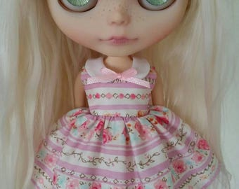 Pretty Purple Garden collar dress for Blythe and Pullip