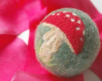 Waldorf Inspired Comet Ball: Toadstool Amanita (All Natural Wool and Silk Toy)