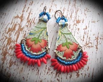 Tin Earrings. Vintage Tin Dangle Earrings. Bohemian Bliss Flower Earrings