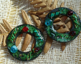 Enameled Copper  Earring PAir Christmas Wreaths by Catalinaglass SRA