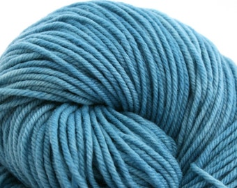 Windham 100% US Merino Hand Painted worsted weight 220 yds 201m ~4oz 113g Persian Turquoise