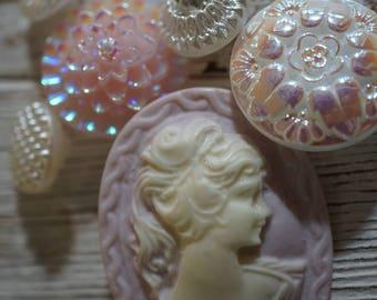 Pinks Cameo Button Set
