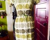 SALE...Amazing 1960's vintage womens dress. Size xxs/xs