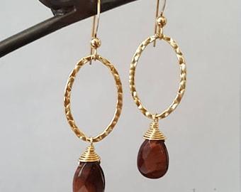 Red Brown tigereye teardrop Stone Goldfilled hammered hoop dangle earrings