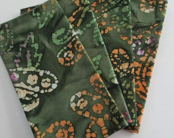 """Napkins,dinner size napkins,18""""x18"""" approx.,handmade napkins,batik cotton napkins,dining table decor,cotton napkins,batik fabric,green,"""