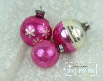 Hot Pink Shiny Brite Vintage ornaments SET of 3 Vintage Chrismtas