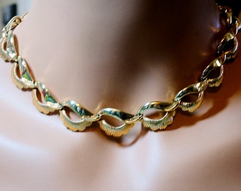Coro Gold Necklace, 16 inch or Choker Vintage Necklace,
