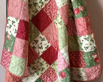Quilted Bedding, Handmade Lap Quilt, Patchwork Quilt, Lap Quilt, Cotton Quilt, Throw Quilt, Bedroom Decor, Sofa Throw, Mother's Day Gift