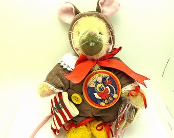 Muffy Mouse 1995 Limited Edition Collectible Bear By North American Bear Co.