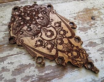 SALE -- Vintage Festoon Wooden Thread Organizer Palette for Cross Stitch Hand Embroidery