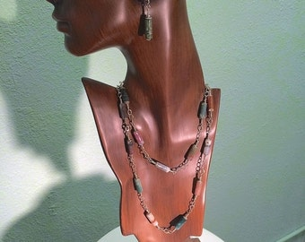 On Sale Stone and Silver Necklace Chain With Two Clasps