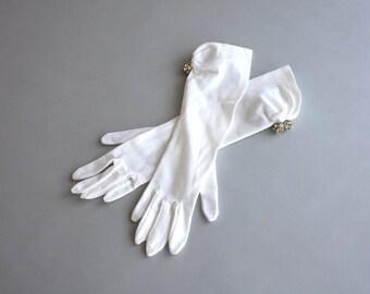 Vintage Gloves / 1950s Prim White Gloves / 50s Rhinestone Evening Gloves