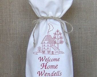 Personalized Wine Bag, Embroidered Wine Bag, Housewarming Gift, Realtor Gift