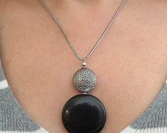 Black pendant, onyx pendant necklace, boho chic necklace, chain necklace, chain pendant, black jewelry, boho chic jewelry, casual jewelry