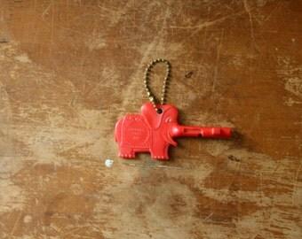 vintage 60s Trunkey The Elephant Talking Key to the Zoo Philadelphia Memorabilia Souvenir Keepsake