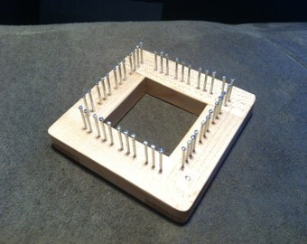 """2 """" Traditional Mini Loom in Maple"""