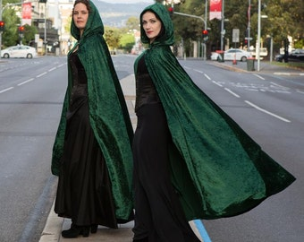 Long Emerald Green Velvet Cloak
