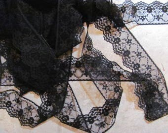 14 Yards older Flat  Black Lace, 2 .25 Wide
