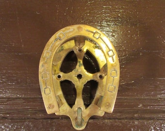 4 nice vintage brass wall mounted bridle hook hangers in good condition- equestrian, horse lovers, home decor