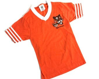 Kids 1970's Tiger Cubs // Boy Scouts V Neck Tee // Striped Sleeves // Retro Orange // Size Small // 5Y