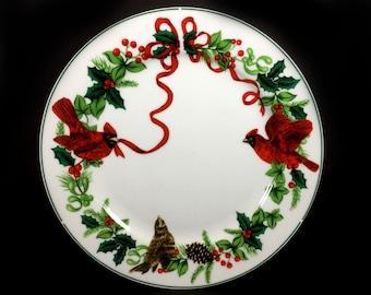 """Vintage Christmas Dinner Plate, 10"""", Royal Norfolk """"Cardinal Christmas"""""""