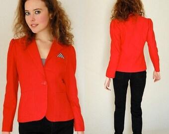 sale 25% rainy days sale Menswear Blazer Vintage 80s Red Linen Structured Shrunken Fit Boho Indie Blazer Jacket  (s)