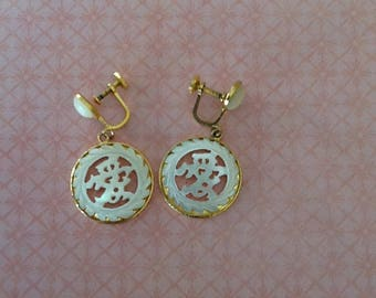 Vintage Asian Mother of Pearl Carved Screw Back Earrings wedding bride prom