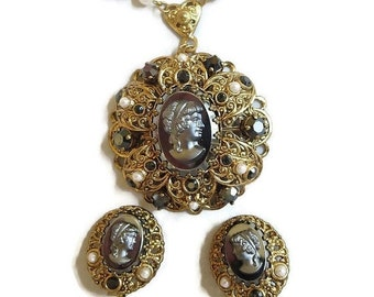 Black Glass & Molded Lucite Lady Cameo Pendant Necklace and clip Earrings Set signed W. GERMANY Vintage