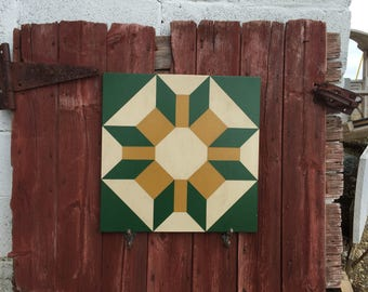 "PriMiTiVe Hand-Painted Barn Quilt - 18"" Unframed - Wisconsin Star"