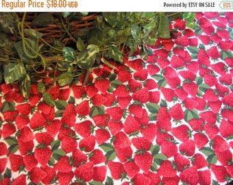 ON SALE Table Runner Strawberries Galore Padded