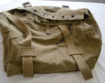 Vintage U.S. Military BARRACKS bag DUFFEL heavy duty large