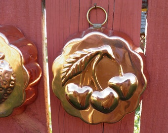 1970's Copper Fruit Jell-O Molds, Vintage Kitchen Wall Decor, Fruit Wall Plates, Fruit Collectible, Gelatin Food Mold, Farmhouse Decor