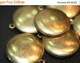 MARCH DEALS Large Raw Brass Round Plain Lockets - 32mm - 4 pcs (No Coupons Allowed)