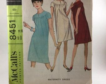 1960's Maternity Dress Pattern - McCall's 8451 size 18