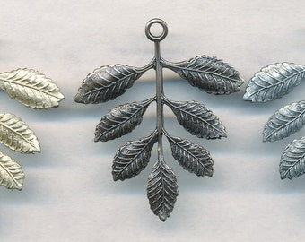 FABULOUS LEAF FINDING--Stamping  4 Pieces--3 Colors