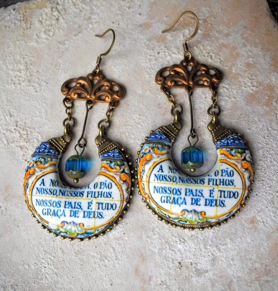 Portugal Antique Azulejo Tile Earrings with Portuguese Saying from Vila de Cucujães, Oliveira de Azeméis - Quinta do Barreiro, 1901