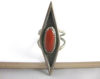 Size 6 1/2 Vintage Large Southwestern Sterling Silver Red Coral Ring