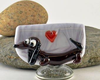 DACHSHUND, Weiner dog  lampwork glass bead, whimisical lampwork focal bead, Izzybeads SRA