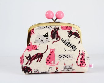 Metal frame clutch bag - Funny cats in black pink and gray - Color bobble purse / Japanese fabric / linen blend
