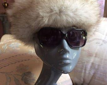 Vintage silver white fox genuine fur cap, grey white fur pillbox hat, Bonwit Teller silver fox retro hat, Amrose New York silver fox beret