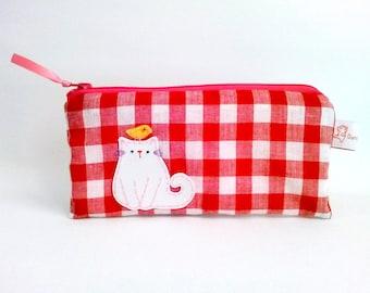 Red gingham pencil case, pencil pouch, cat pencil pouch, zipper pencil pouch, cat lady gift, school supply, cute pencil pouch