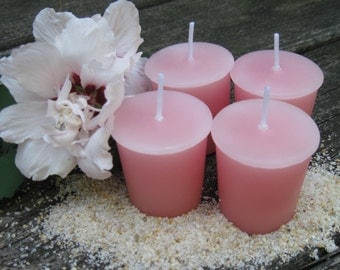 ISLAND HIBISCUS (4 votives or 4-oz soy jar candle)