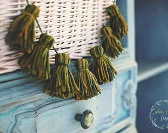 Mini Tassel Garland - yarn tassel banner - woodland - accent banner - small tassels