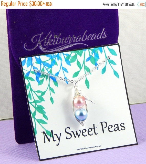 Mothers Day Sale Peas In A Pod, Two Peas in a Pod Necklace, Silver Pea Pod Necklace, Mothers Necklace, Twins Necklace, Sisters Necklace, Bes