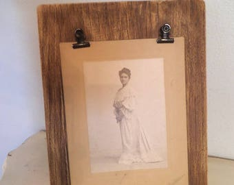 Upcycled Rustic Wooden Picture Holder ~ Recipe Holder ~ Industrial ~ Urban Loft ~ Farm House Chic